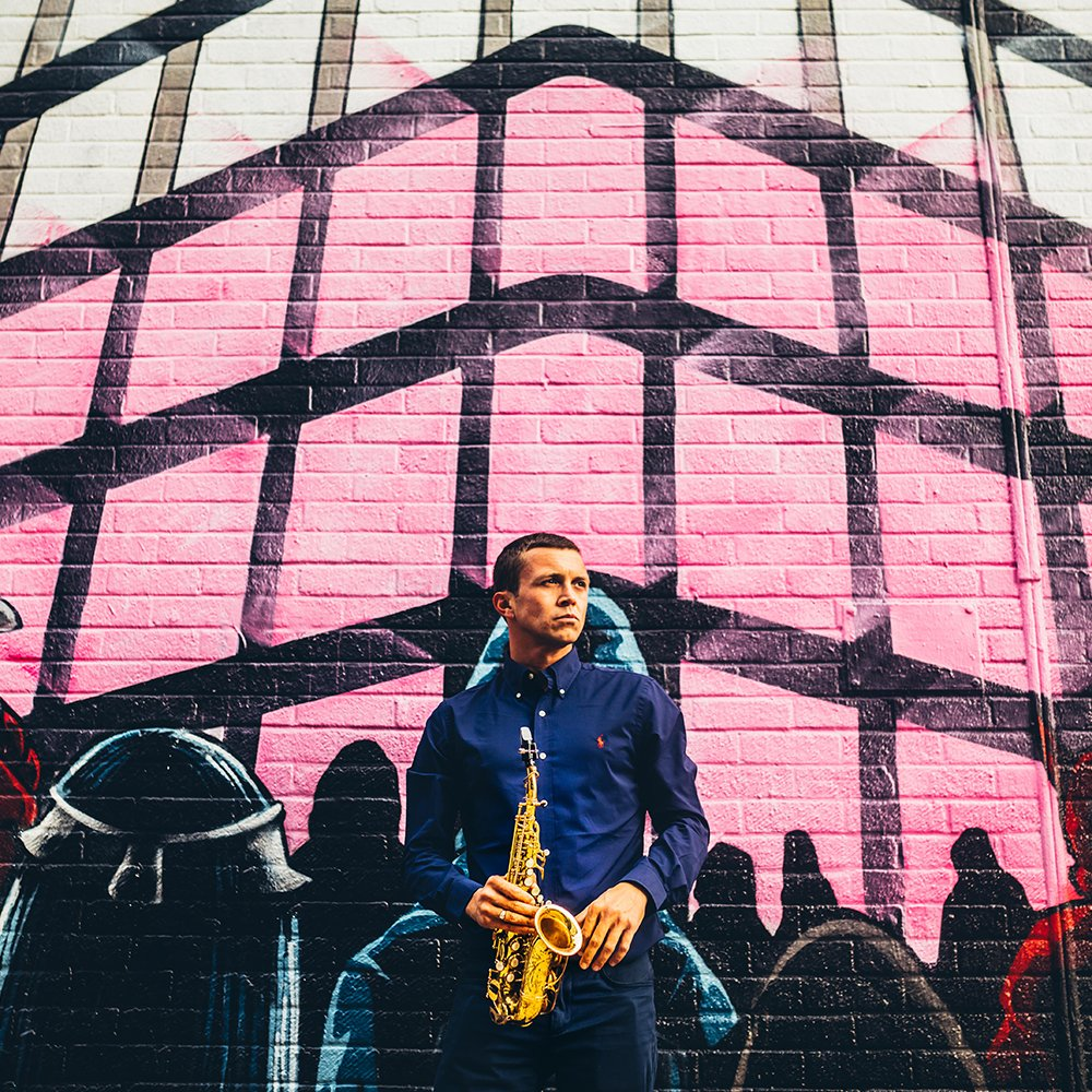 international sax player
