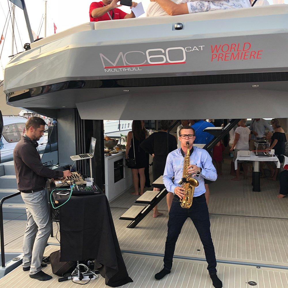 luxury-yacht-sax