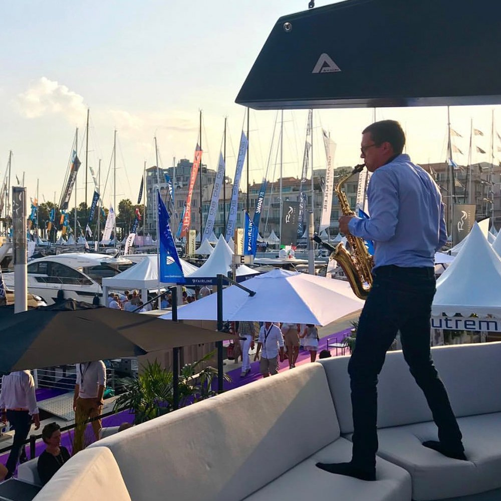 cannes saxophone player