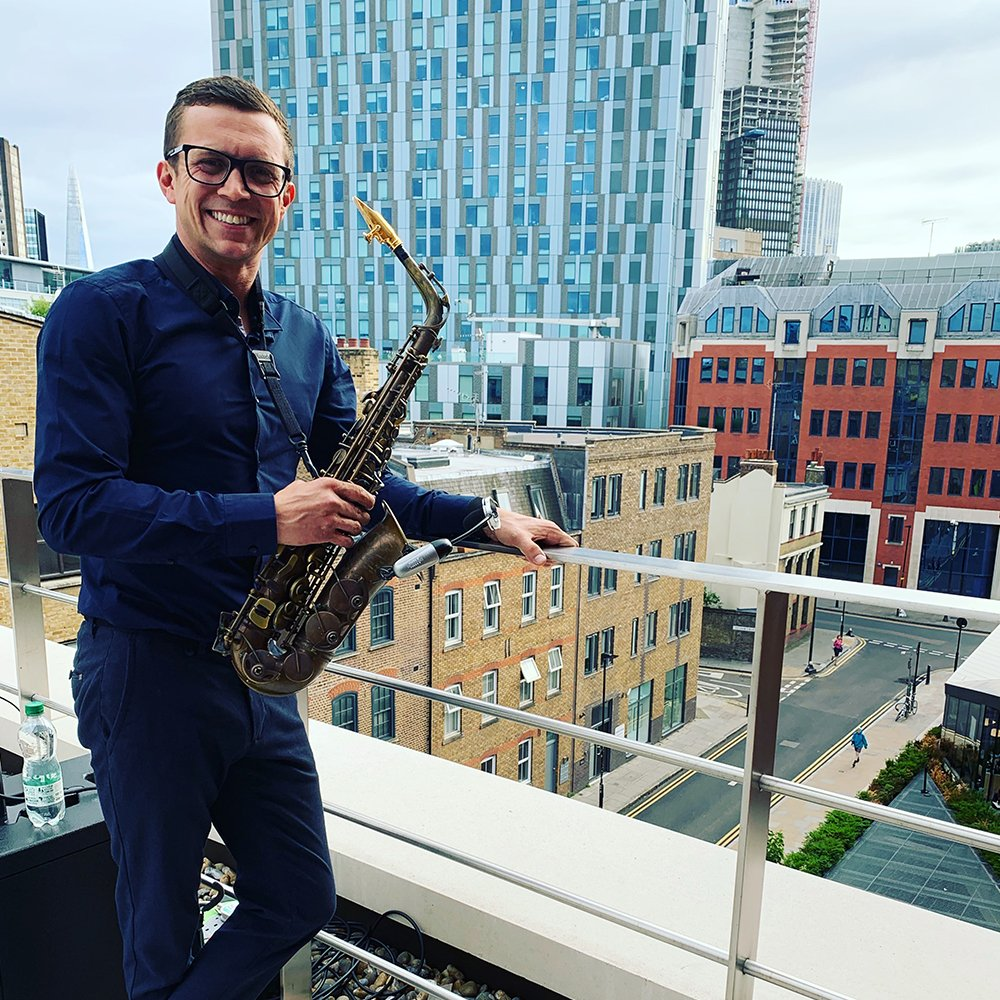 spain saxophone player for hire